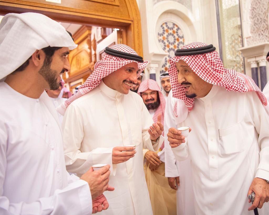D7g7vGtXYAM4oMH - خادم الحرمين يستقبل الغانم في قصر الصفا بمكة المكرمة