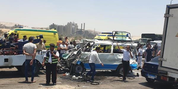 20190612152355645 - مصرع 14 شخصا في حادث اصطدام سيارتين جنوب القاهرة