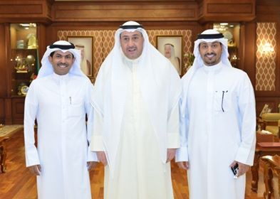 img 3973 - الشيخ فيصل الحمود: يكّرم مسئول مركز الصديق للمشاريع الصغيرة