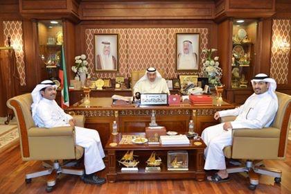 img 3974 - الشيخ فيصل الحمود: يكّرم مسئول مركز الصديق للمشاريع الصغيرة