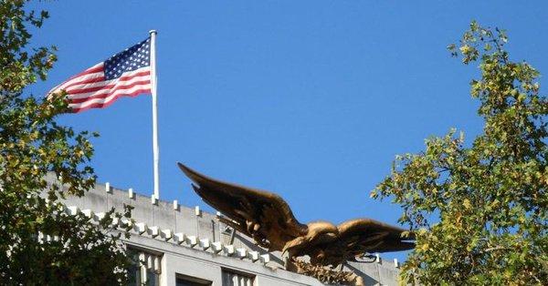 ENW9glwX0AEsglP - السفارة الأمريكية في الكويت تحذر رعايها من الوضع الأمني