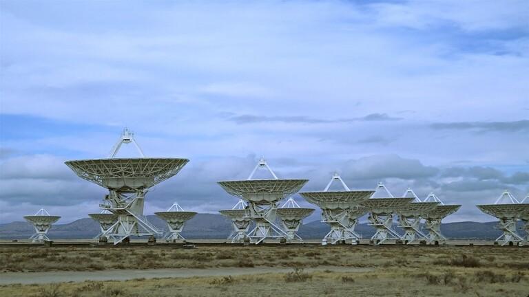الإشارات الكونية الغامضة أصبحت دورية - الإشارات الكونية الغامضة أصبحت دورية