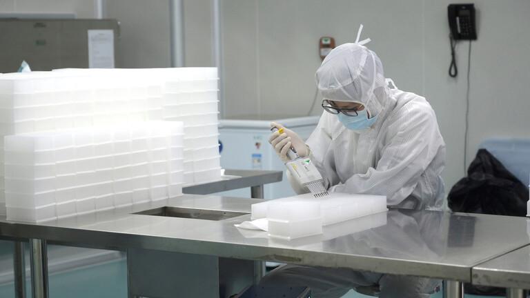 خبيرة أمريكية تستبعد اكتشاف لقاح ضد كورونا في القريب المنظور - #الصين : ارتفاع وفيات فيروس #كورونا إلى 1017 حالة وتسجيل أكثر من 42 ألف إصابة