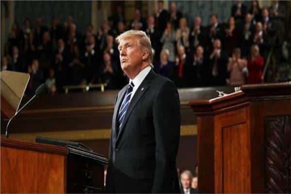مجلس الشيوخ ترامب - ترامب يلتقي بنس ويعلن الطوارئ في واشنطن حتى 24 يناير