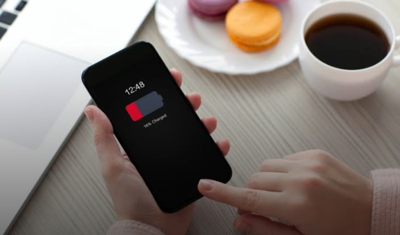 6 أسباب تجعل الهواتف الذكية تشحن ببطء - 6 أسباب تجعل الهواتف الذكية تشحن ببطء