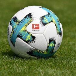 """بشرى سارة لعشاق الدوري الإنجليزي بث مجاني عبر """"يوتيوب"""" للمباريات"""