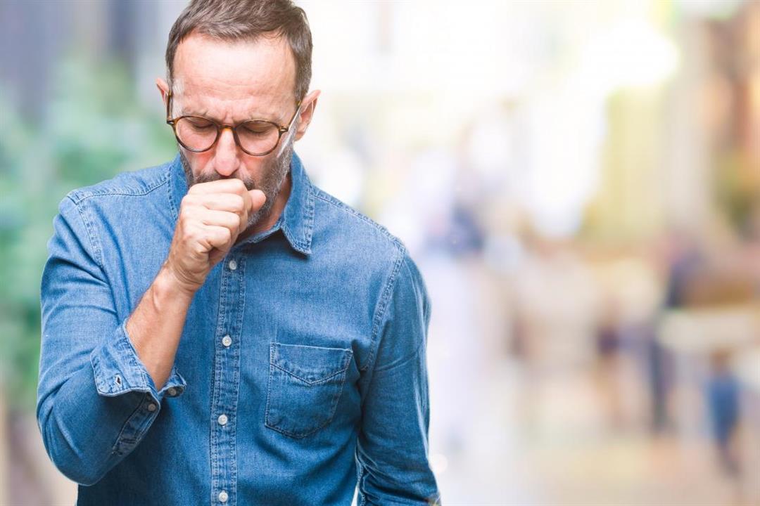 5 طرق طبيعية لعلاج السعال الجاف.. ما مدى فعاليتها على مرضى كورونا؟
