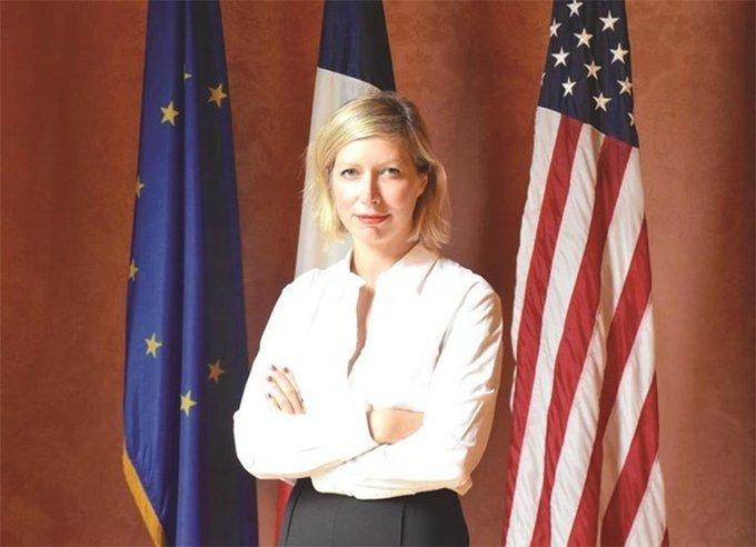 EllRJL8WoAA2q6  - السفيرة الفرنسية: فرنسا ليست بلد الازدراء أو الرفض .. إنها بلد التسامح - علم أن الدين المسلمة جزء من التاريخ الفرنسي والأوروبي.     #العبدلى_نيوز