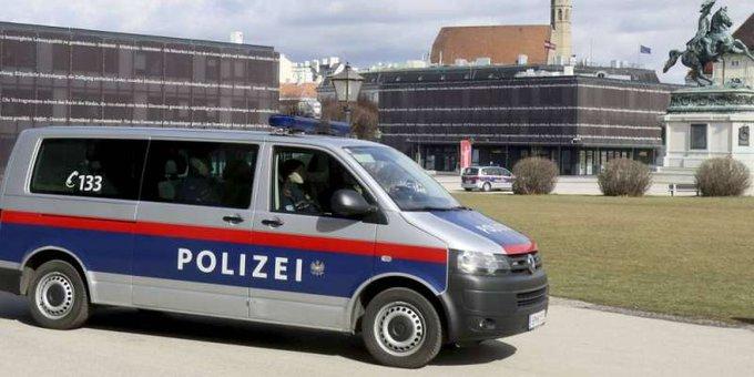 KD2DatB5 - توقيف امرأة اعترفت بقتل بناتها الثلاث في النمسا