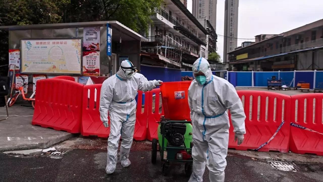 ٢٠٢١٠١١١ ١١٠٦٠٥ - #الصين: فريق منظمة الصحة العالمية يبدأ زيارته إلى الصين اعتبارا من الخميس.      #العبدلي_نيوز