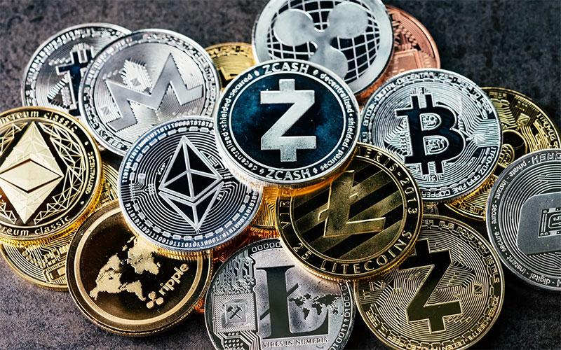 """٢٠٢١٠١١٢ ١٨٣٨٠٠ 1 - """"فوربس"""": سوق العملات المشفرة يخسر 200 مليار دولار من قيمته في 24 ساعة.    #العبدلي_نيوز"""