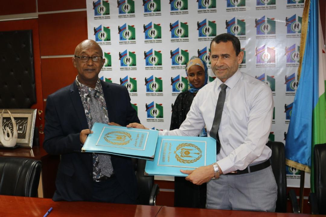 ٢٠٢١٠١١٣ ١٥٣٤٢٧ - الرحمة العالمية توقع اتفاقية تعاون مع وزارة العمل في حكومة جيبوتي.     #العبدلي_نيوز