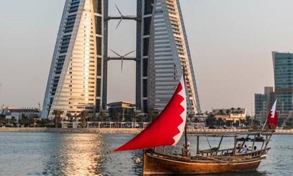 """٢٠٢١٠١٢٨ ١٣٠٨٥٩ - #البحرين تتسلم أول شحنة من لقاح """"أسترا زينيكا-أوكسفورد"""" المضاد لـ""""كورونا"""".    #العبدلي_نيوز"""