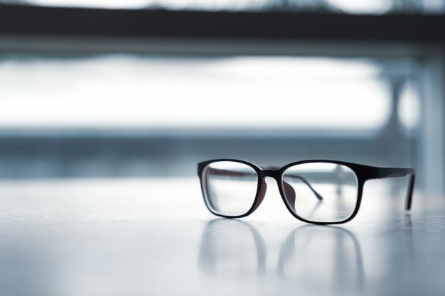 83abe423 9c90 4aa3 9303 2349dd3d4663 - دراسة تكشف رابطًا خفيًا بين ارتداء النظارات وكورونا