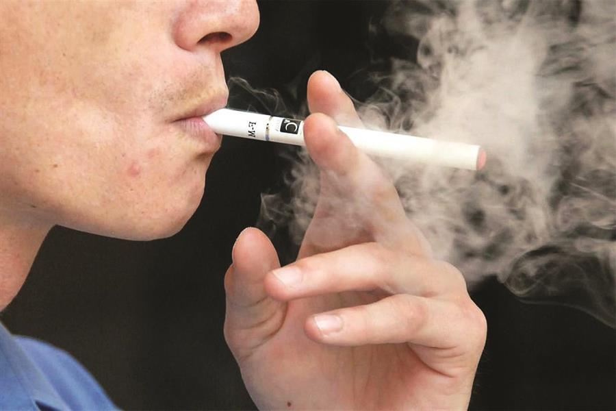 fdc5c99c 10f3 48c2 85a4 a3df9fc8f440 - تصريحات صادمة لمسؤول مصري: التدخين مفيد ويقضي على كورونا