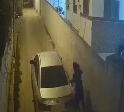 01898f0c 2bce 4b2c a9fb 593e3be2e095 - وثقت كاميرا مراقبة جريمته.. الإطاحة بشاب حاول اختطاف فتاة في سيارة بالأردن