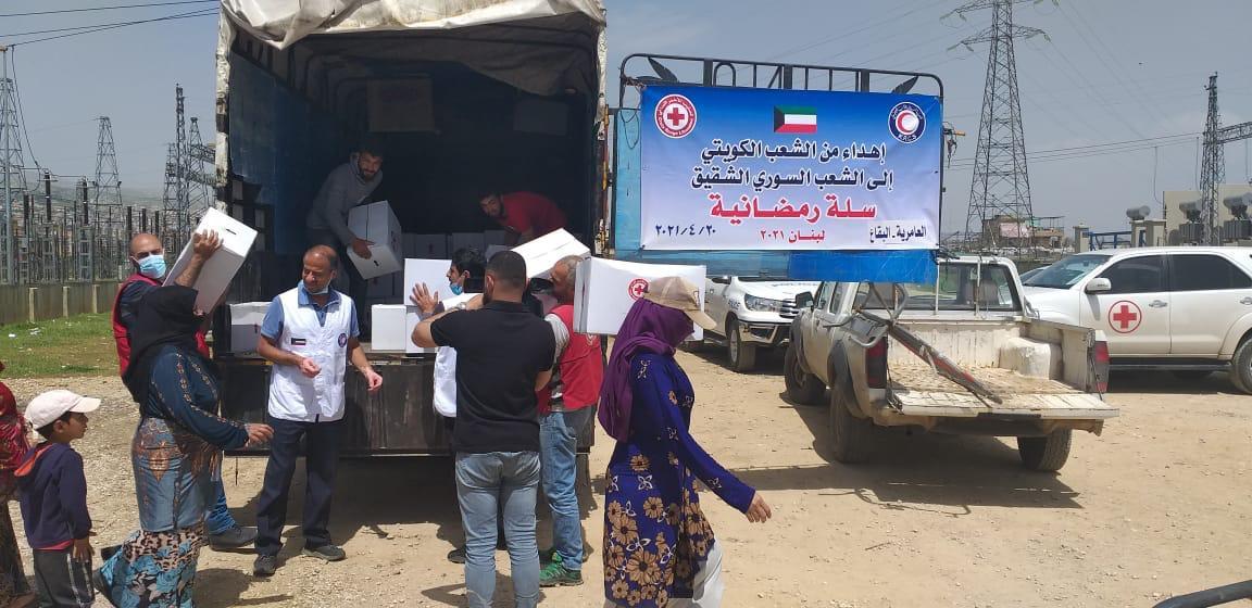 ٢٠٢١٠٤٢٠ ١٩٠٤٠٦ - الهلال الأحمر توزع 75 سلة غذائية على اللاجئين في لبنان.   #العبدلي_نيوز