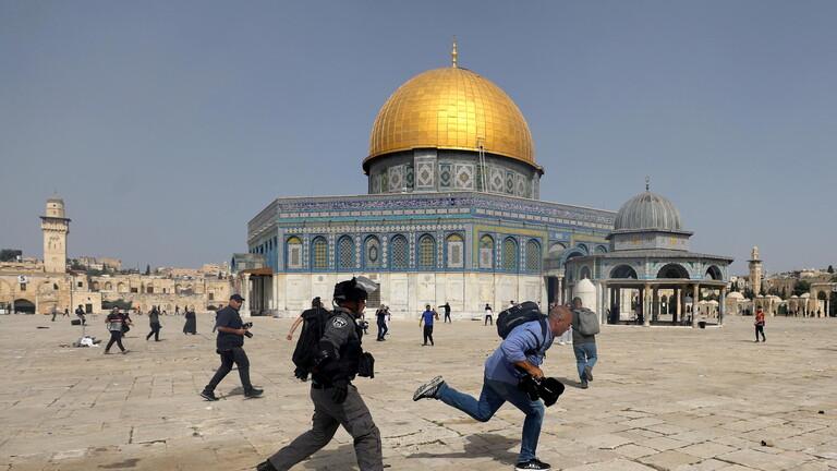 المسجد الاقصى - مدير المسجد الأقصى: نحن الآن في ساحة حرب                #القدس #القدس_تنتفض     #العبدلي_نيوز