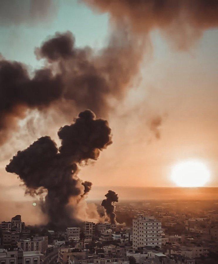 111 2 - #عاجل || استشهاد 5 فلسطينيين في غارة للاحتلال الإسرائيلي استهدفت سيارة في #غزة              #غزة_تحت_القصف                 #فلسطين