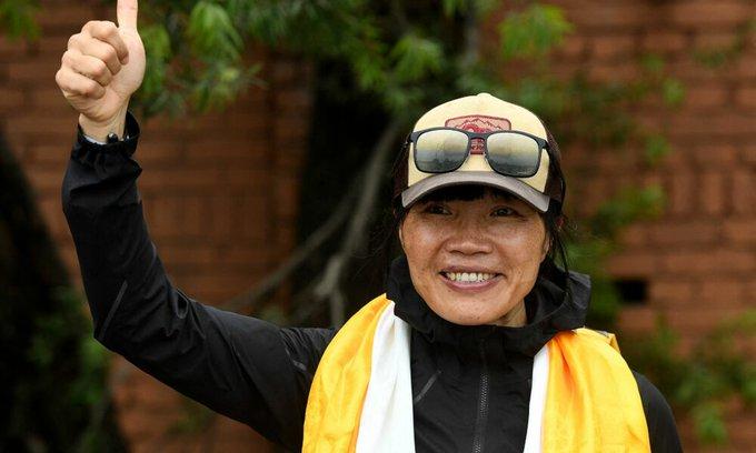 9999999 - أسرع امرأة تتسلق قمة إيفرست سعيدة بإنجازها                  #العبدلي_نيوز