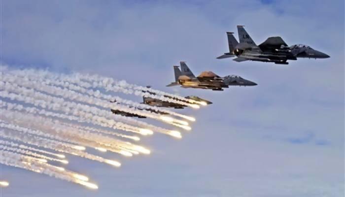 طائرات التحالف تشن ضربات جوية ضد داعش - قتلى بقصف أمريكي لمواقع فصائل عراقية مدعومة من إيران