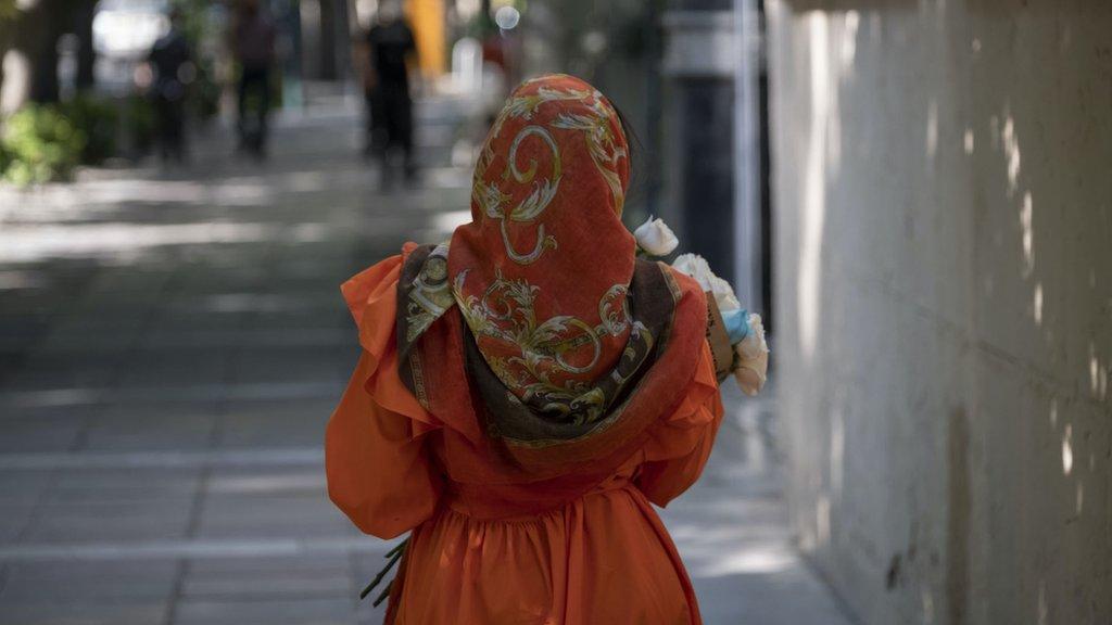 ٢٠٢١٠٦١٠ ١٢٠١١٦ - الانتخابات الرئاسية الإيرانية: مشاركة النساء تغيب عن أولويات المرشحين.  #العبدلي_نيوز