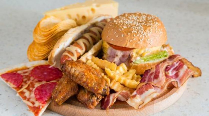 58e30eba 4c5a 463f 8975 efb161a09853 - دراسة تحذر من نظام غذائي يسبب سرطان الثدي