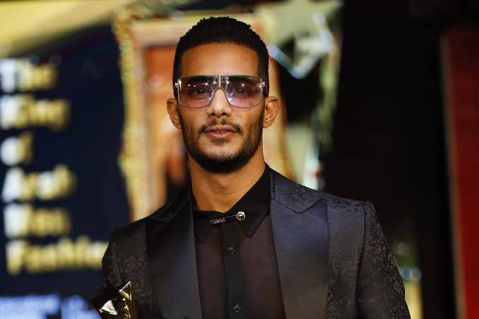E29nOUNVcAomJaK - محمد رمضان: تحفظوا على أموالي.. اللهم لا اعتراض!