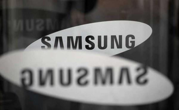 ٢٠٢١٠٧١٨ ٠٩٤٢٠٢ - #سامسونج تعتزم طرح اثنين من الهواتف الذكية القابلة للطي بأسعار منخفضة.  #العبدلي_نيوز