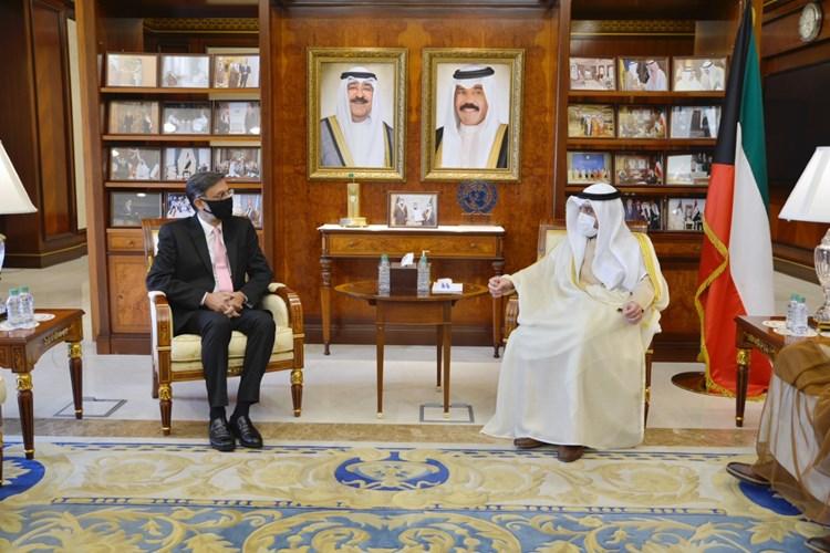 """٢٠٢١٠٧٢٥ ١١٤٠١٢ - #وزير_الخارجية يتسلم أوراق اعتماد ممثل """"#الصحة_العالمية"""" لدى البلاد.   #العبدلي_نيوز"""