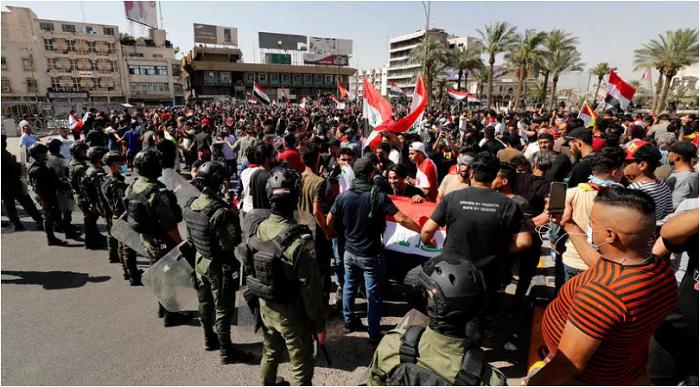 222222 - احتجاجات في #العراق على انقطاع #الكهرباء والمياه وسط موجة حر تجاوزت درجاتها الـ50 مئوية               #العبدلي_نيوز