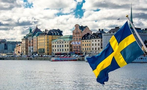 ٢٠٢١٠٩١٨ ١٢٢٧٢٥ - #السويد تدرس وضع قواعد اقتصادية جديدة بسبب الأزمة المناخية الحادة.   #العبدلي_نيوز
