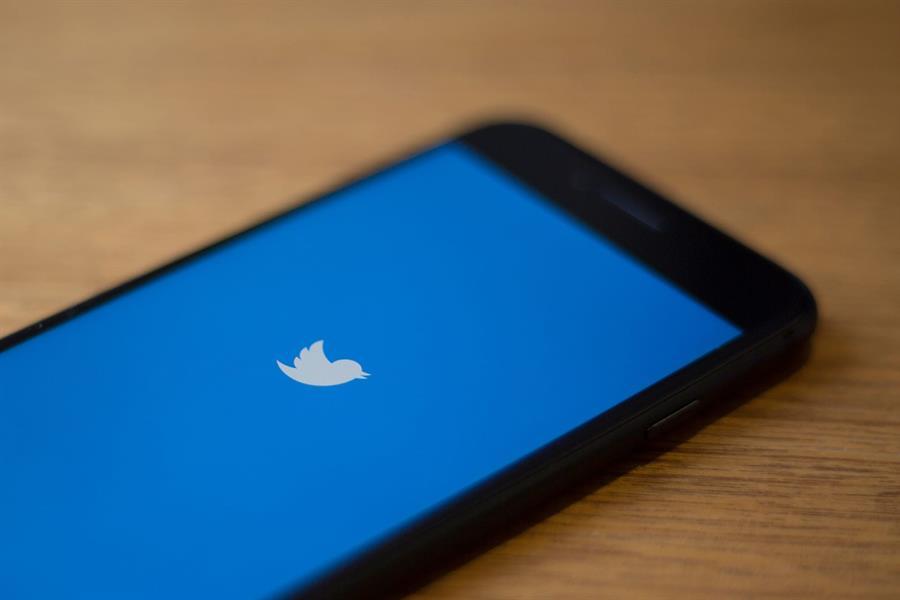 """3781ef8e 744b 4f5c b526 24969f653529 - على غرار """"فيسبوك"""" و""""لينكد إن"""".. """"تويتر"""" تختبر رموزاً تعبيرية جديدة رداً على التغريدات"""