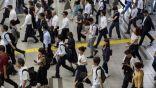 اليابان تعيد النظر في ساعات العمل القاتلة