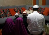 كيفية أداء صلاة العيد بالمنزل                 #عيد_الفطر       #الكويت         #العبدلي_نيوز