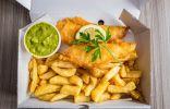 الأكلة الشعبية الأولى في بريطانيا.. طريقة تحضير Fish And Chips