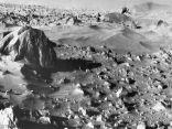 علماء يرصدون آثار أنهار على المريخ