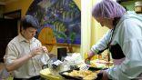 كيف يمكن مقاومة الطعام؟.. نصائح غذائية خلال فترة الحجر المنزلي