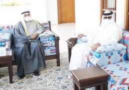 أمير قطر يستقبل وزير الدفاع بمناسبة زيارته قطر للمشاركة بحفل افتتاح محور صباح الأحمد     #العبدلي_نيوز