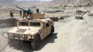 #الحرب_في_أفغانستان: حظر التجوال في أنحاء البلاد و #طالبان تتقدم في مناطق جديدة.  #العبدلي_نيوز