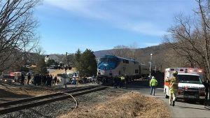 إصابة أكثر من 23 شخصا جراء تصادم قطارين بولاية ماساتشوستس الأمريكية.   #العبدلي_نيوز