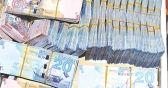 سرقة 40 ألف دينار وذهب بقيمة 7600 دينار من شقة «بدون» في حولي.    #العبدلي_نيوز