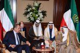 الأمير يبحث مع وزير الخارجية الروسي العلاقات الثنائية