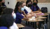 معلم أمريكي غير محصن ينقل عدوى كورونا إلى 18 طالباً وأسرهم
