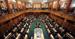 نيوزيلندا تقر تعديل قوانين الأسلحة بعد الهجوم على مسجدين