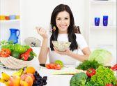 دراسة أسترالية: تناول المزيد من الفاكهة والخضروات يقلل من الإجهاد.        #العبدلي_نيوز