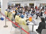 «الصحة»: حملة التطعيمات المتنقلة ضد «كورونا» تباشر عملها في مطار الكويت.        #الكويت.      #العبدلي_نيوز