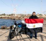 #مصري يسجل رقما قياسيا بدراجة كهربائية بمدينة #العلمين_الجديدة.         #العبدلي_نيوز