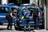 فرنسا تشدد الأمن حول الأماكن الدينية خشية تهديدات إرهابية.     #العبدلى_نيوز