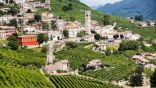 سكانها 115 شخصاً نصفهم كبار سن.. قرية إيطالية تعرض 8 آلاف يورو شهرياً لمن يعيش فيها 5 أعوام
